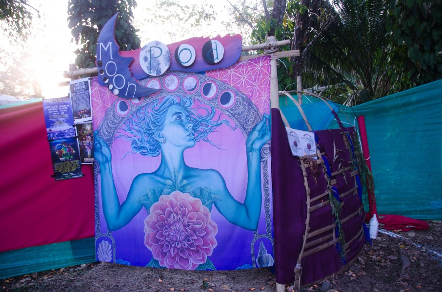 The Moon Pod: A Compost Toilet for Ladies on Their Moon