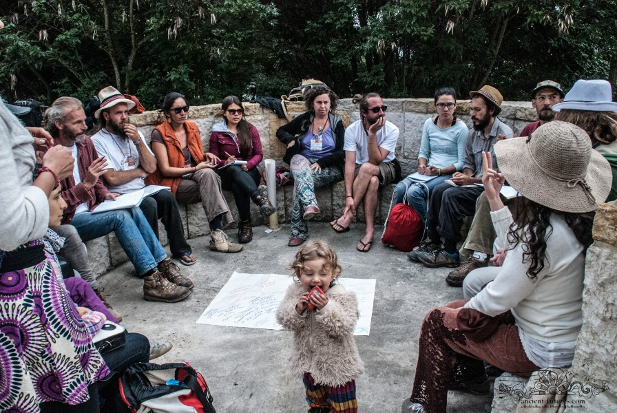 The  Education and Culture group was attended by various organizations and projects as EcoChile , Gaia University and Na'Lum Institute. Photo by Ivan Kuxan Sawyer