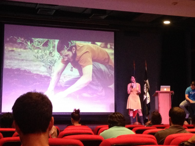 Pitching NuMundo at Startup Chile.