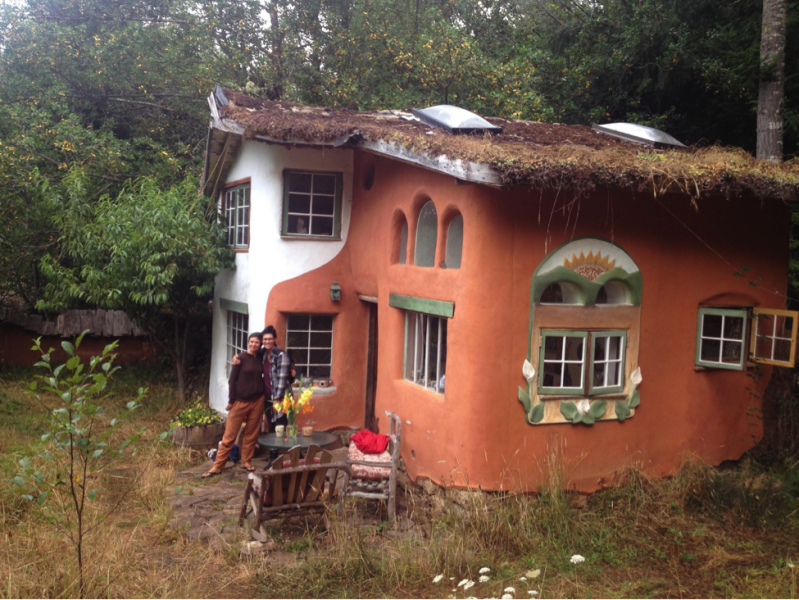 Rebekah Leser and me in front of Linda Smiley's gorgeous cob home.)